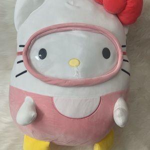 Hello Kitty Squishmallow